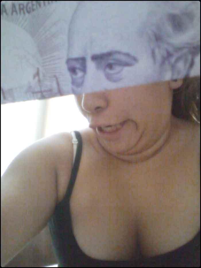 montaje-con-las-caras-de-los-billetes-bromasaparte_08